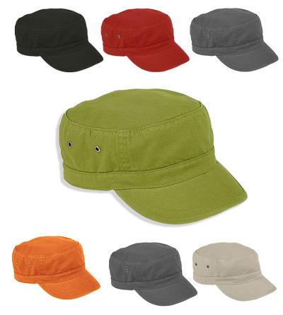 <B>trendy army caps met kort klep</B>